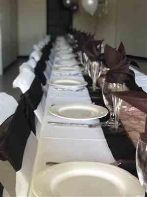 Ledua B. verified customer review of 5 Pack 20x20 Chocolate Polyester Linen Napkins