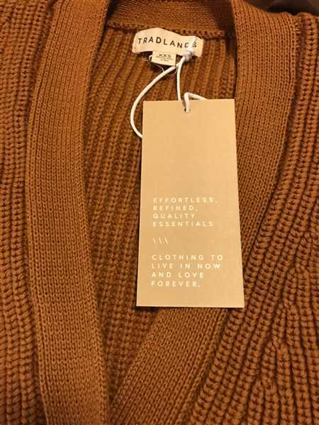 Jocelyn Lum verified customer review of Shelter Cardigan Quail