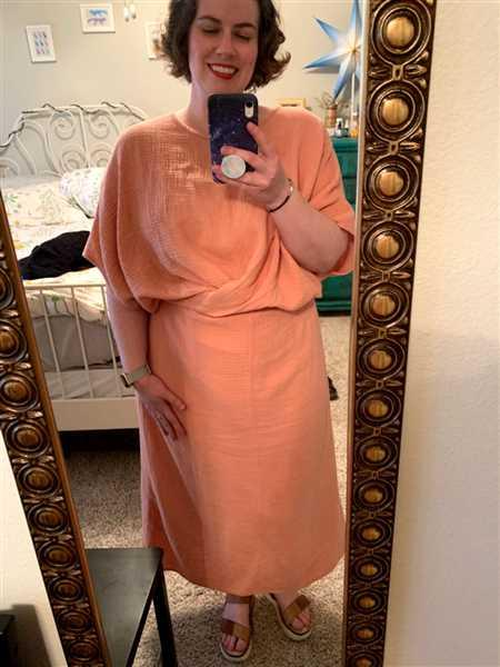 Suunday The Dolman Dress in Clay Review