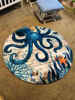 Carrie Washington verified customer review of Round Mediterranean Sea Life Floor Mat Rug
