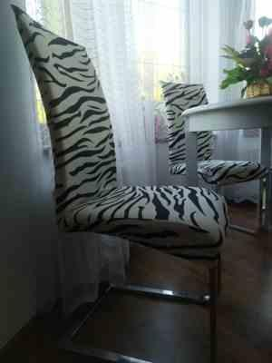 Anonymous verified customer review of Black & White Zebra Print Dining Room Chair Cover