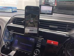 Shahid Sadiki verified customer review of EASY VENT ONE CAR MOBILE MOUNT