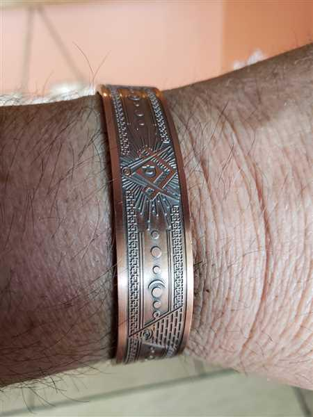 Kevin Plyman verified customer review of MasonicMan Engraved Pure Copper Bangle Bracelet