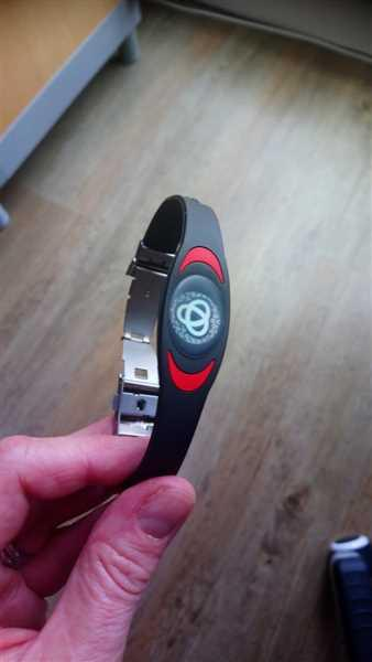 Alison Griffiths-Brown verified customer review of Black & Red Ion Core Bracelet
