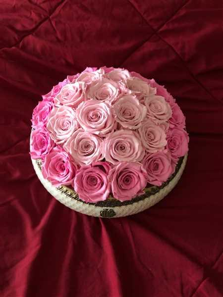 Jessica Ying verified customer review of Soho Rose Arrangement in Sweet Pea, medium
