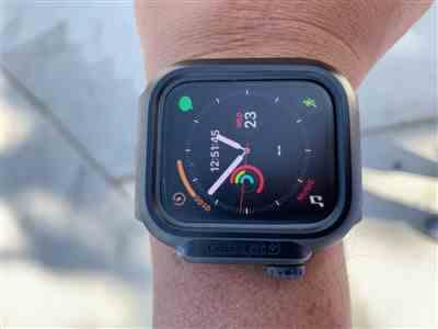 Patrick Bernales verified customer review of Waterproof Case for Apple Watch Series 4 & 5 - 44mm