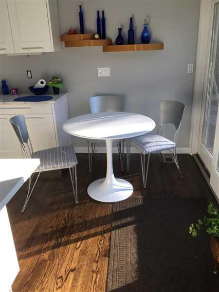 Faith Ricciotti  verified customer review of Daisy Fiberglass Dining Table