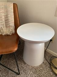 Lauryn B. verified customer review of Signy Drum Accent Table