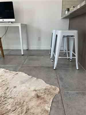 Erika N. verified customer review of Trattoria 24 High Back Counter Stool