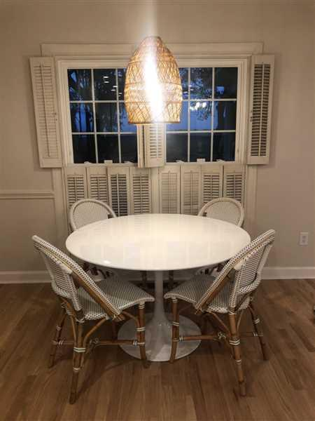 Megan Baker verified customer review of Daisy Fiberglass Dining Table