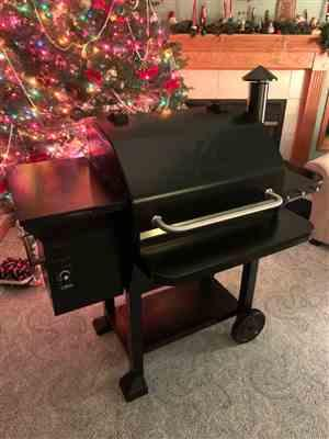 Mark Bofinger verified customer review of NEW ARRIVAL ZPG-10002B 8 IN 1 WOOD PELLET GRILL & SMOKER
