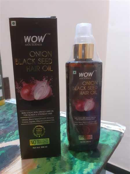 Buywow WOW Skin Science Onion Black Seed Hair Oil - Controls Hair Fall - No Mineral Oil, Silicones & Synthetic Fragrance - 200mL Review