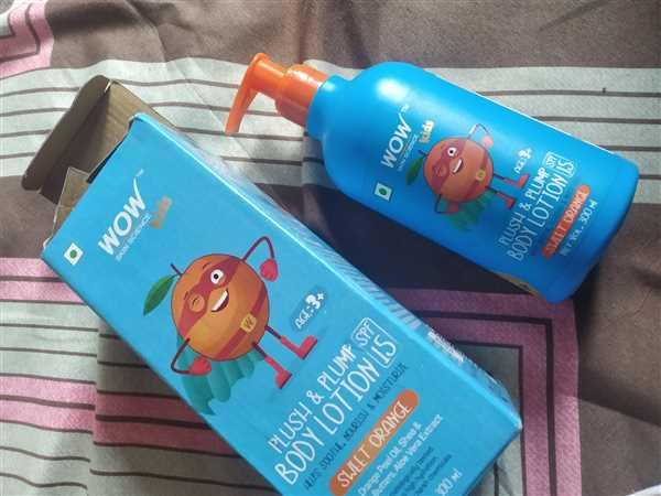 Buywow WOW Skin Science Kids Plush & Plump Body Lotion - Sweet Orange - SPF 15 - No Parabens, Mineral Oil, Silicones & Color - 300mL Review