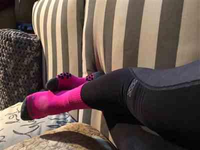 Bea Banua verified customer review of 3D Dotted Socks