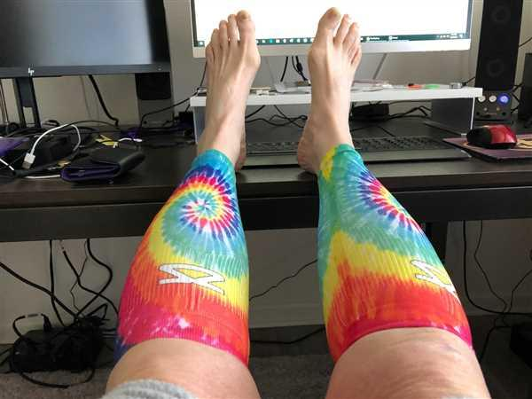 Mari Thompson verified customer review of Tie Dye Compression Leg Sleeves