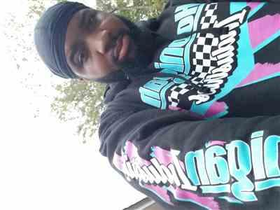 Ricky Gambrell verified customer review of SPEEDWAY pullover