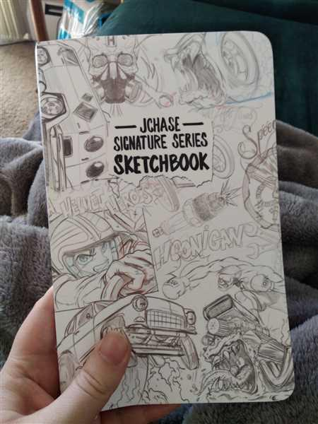 Magenta Obenauer verified customer review of JON CHASE SIGNATURE sketchbook
