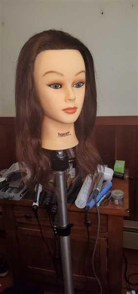 Sydney Evans verified customer review of Helen [100% Human Hair Mannequin]