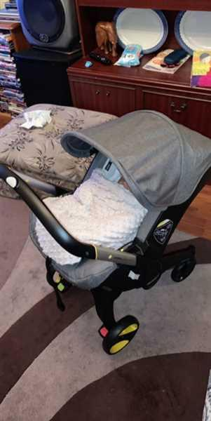 Emalyn Pitt verified customer review of Doona™ Infant Car Seat - ALL NEW 2019 Collection - Urban Grey