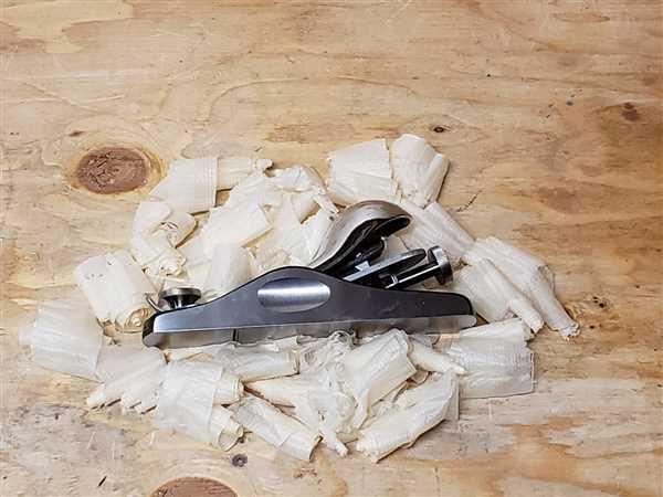 RobCosman.com WoodRiver Block Plane - Standard Angle Review