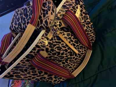 stacia Gordon verified customer review of Blue Jag Zipper Tote