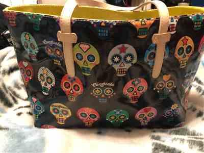 Raquel F. verified customer review of Lulu East/West Tote