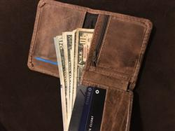 Richard R. verified customer review of Mens Leather Wallet with Coin Pocket and id Window