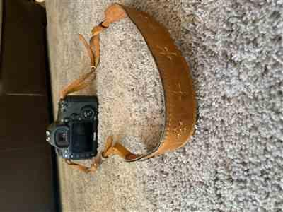 Drey J. verified customer review of Light Brown Leather Camera Strap