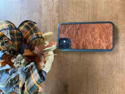 Lars Holm verified customer review of Redwood Burl - Wood Phone Case