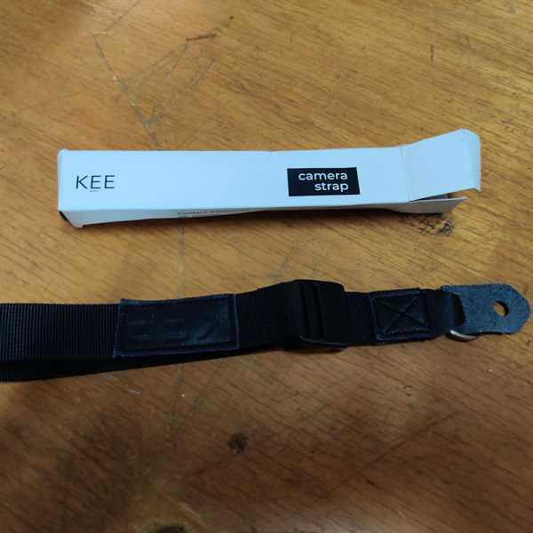 KEE INDONESIA Wormie 2.0 Wrist Camera Strap Black Review