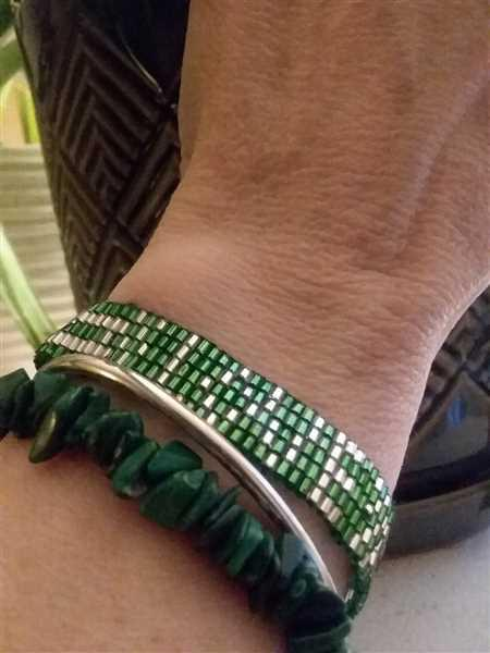 Sherry L Eames verified customer review of Seed Bead LOVE Bracelet - Green