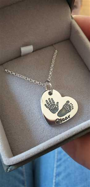 Tayla Habgood verified customer review of Handprint Or Footprint Large Heart Necklace, Two Prints And One Name