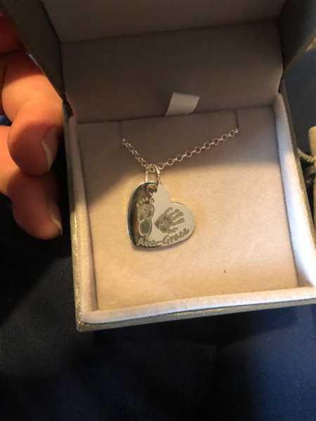 Josh Richards verified customer review of Handprint Or Footprint Large Heart Necklace, Two Prints And One Name