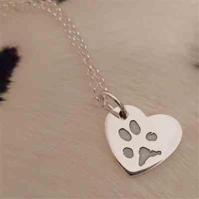 Hand on Heart Jewellery  Pawprint Small Heart Necklace, One Print And Name Review