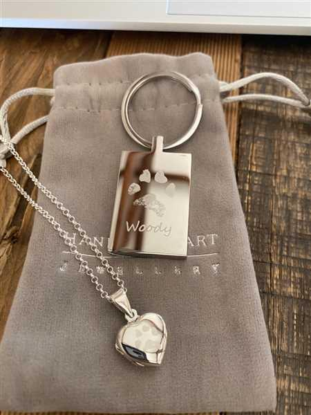 Hand on Heart Jewellery  Pawprint Dog Tag Necklace, One Print And Name Review