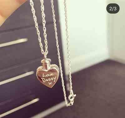 Chelsea M. verified customer review of Handwriting Ashes Locket