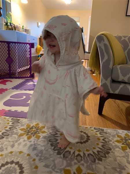 Pehr Hooded Poncho Towel Review