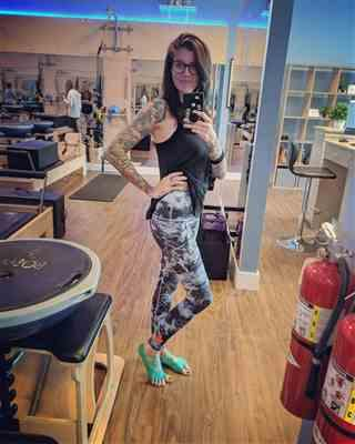 Allegra K. verified customer review of Victoria Legging - SALE