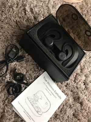 aaron d. verified customer review of SoundGenie Wireless Bluetooth Earphones - V7's