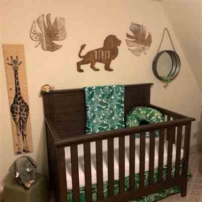 j1gizmo verified customer review of Giraffe Growth Charts