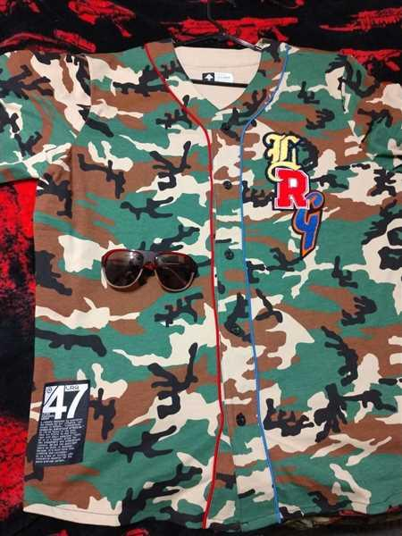 LRG Clothing ALL SPORT VARSITY JERSEY CAMO Review
