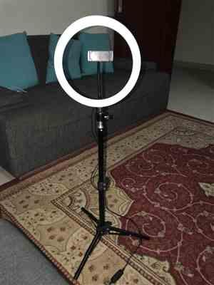 E***g verified customer review of Mini LED Ring Light by The Ring Light Store