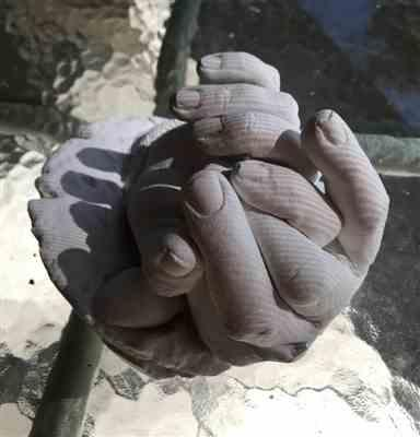 cyndia verified customer review of Luna Bean Keepsake Hands -XL- Plaster Statue Kit