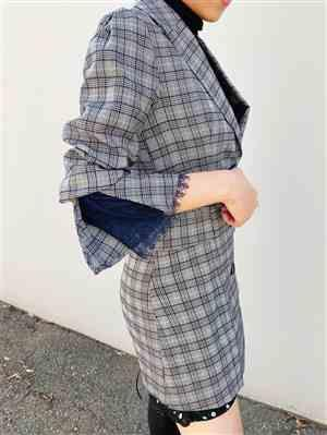 Ingrid verified customer review of Grey Plaid Blazer Dress