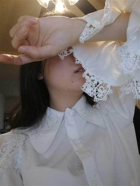 J.ING Renaissance White Peasant Blouse Review