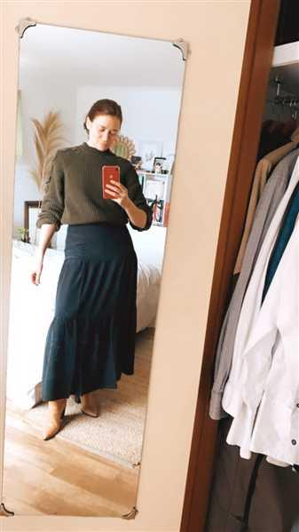 Banded Together The Silk Tiered Maxi Skirt - Black Review
