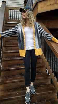 Weslily.com Long Sleeve Striped Knit Cardigan Review