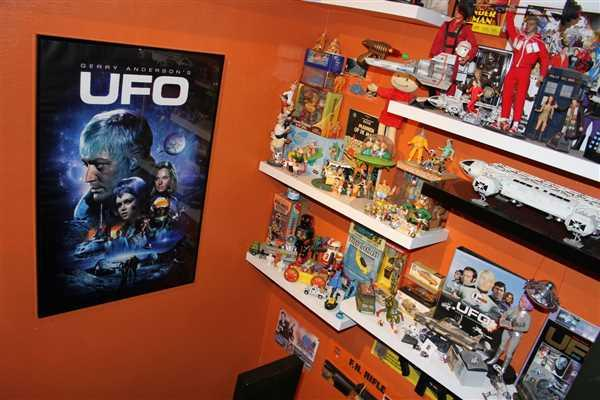 The Gerry Anderson Store UFO Poster [Official & Exclusive] Review