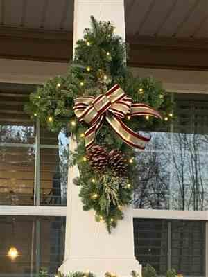 Kari Brown verified customer review of White Wreath Lights