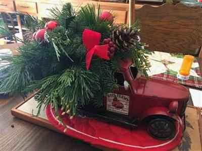 Ellen Johnson verified customer review of Christmas Vintage Truck